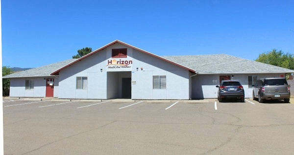 The front side of the Horizon Health and Wellness clinic in Globe, Arizona.